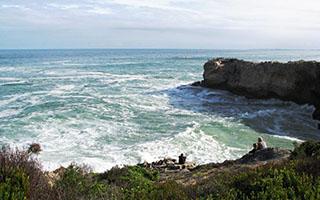 Viewing the waves. Vaalkrans