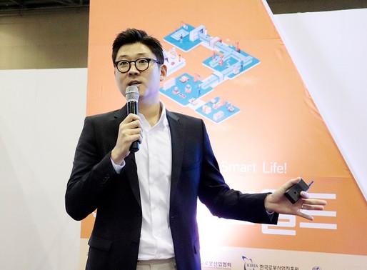 [2019 로보월드] 뉴로메카, 신제품런칭쇼에서 업그레이드된 협동로봇 '인디12' 공개