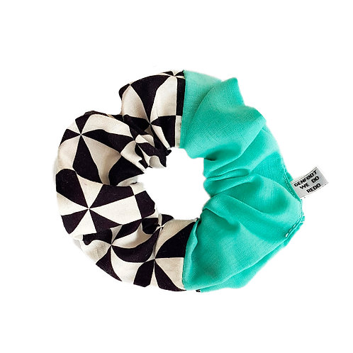 Sally Scrunchie Checkers&Turquiose