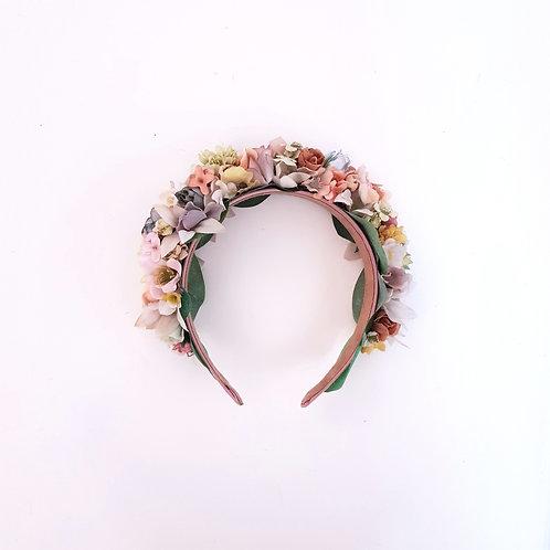 Flowercrown Una