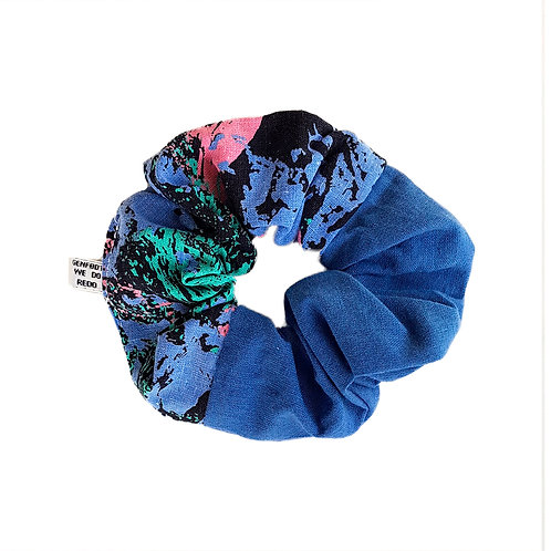 Sally Scrunchie 80's&Blue
