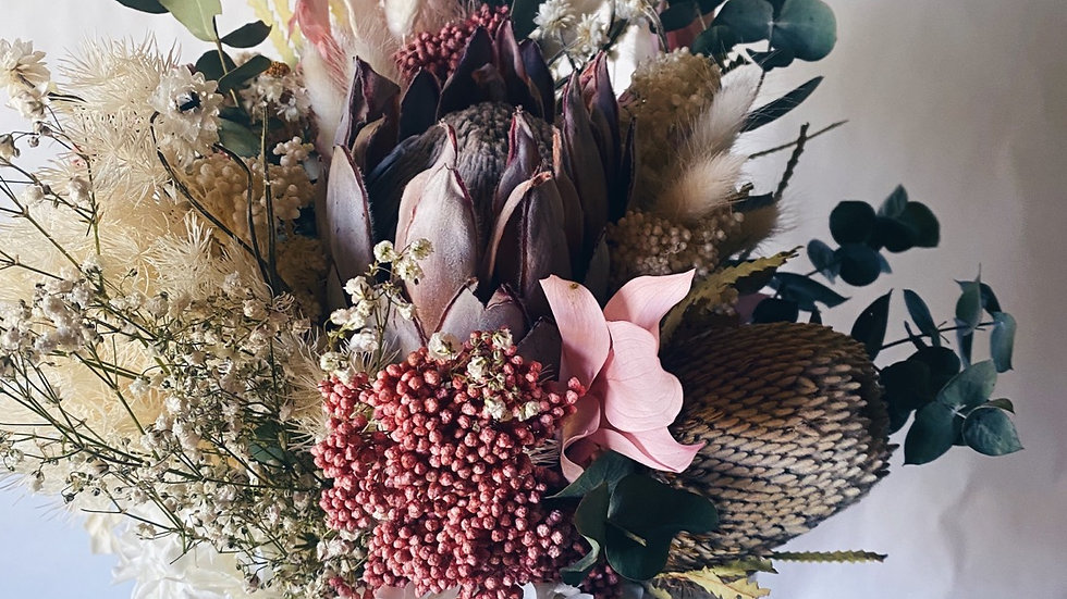 Pastel Native Bloom Everlasting Bouquet
