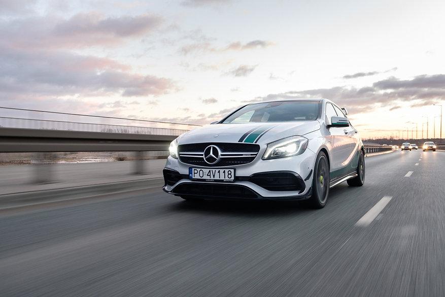 Mercedes Benz Aleksander Ziarnecki.jpg