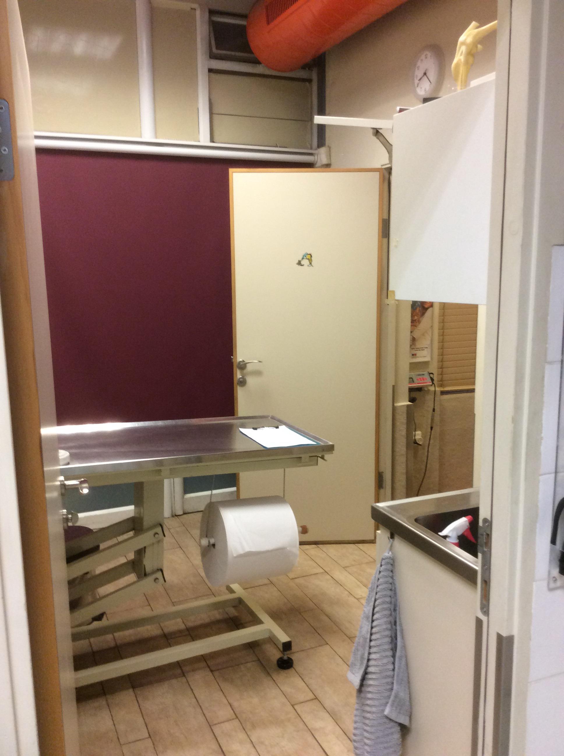 חדר בדיקה 2