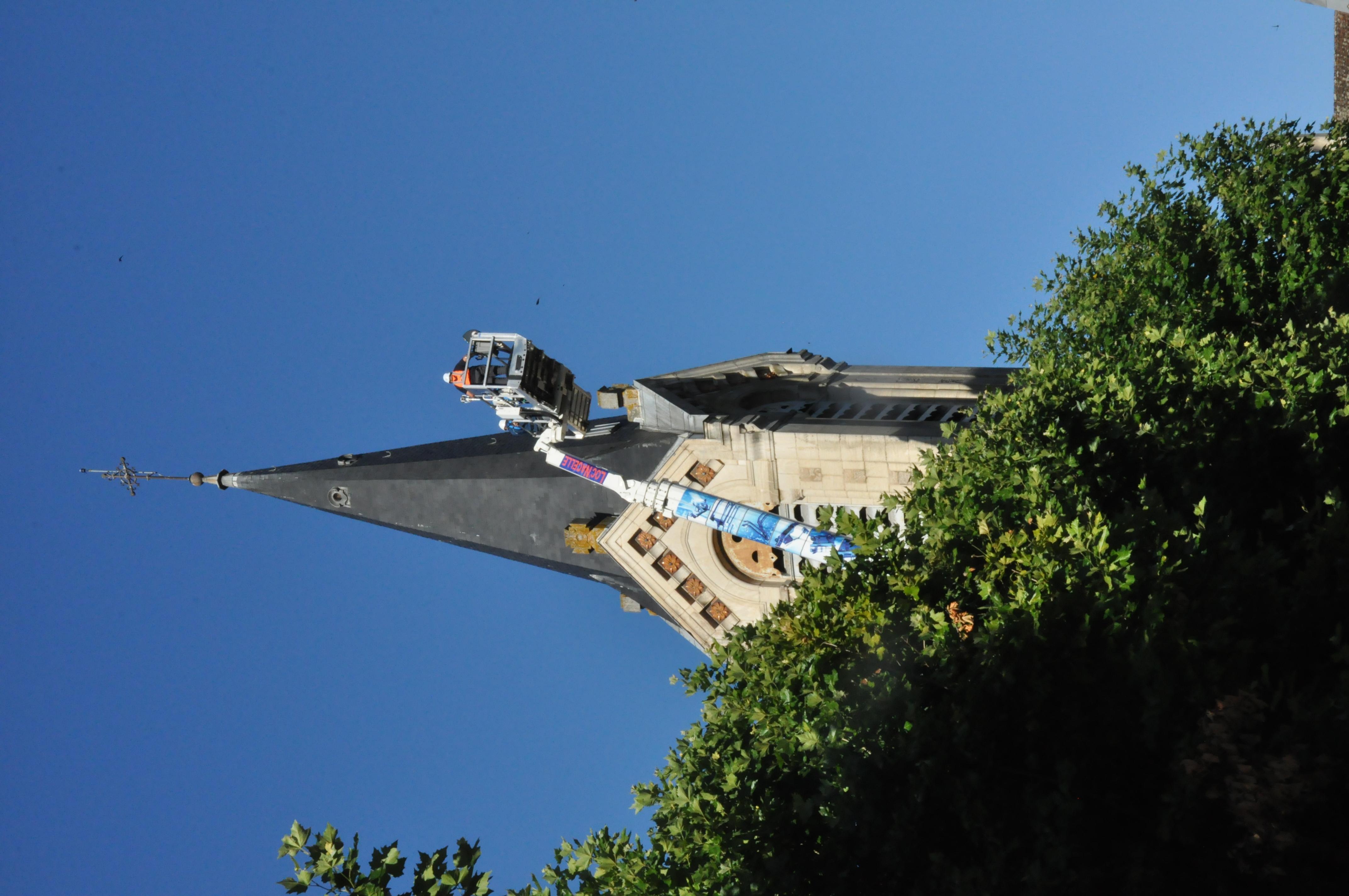 Au niveau du clocher