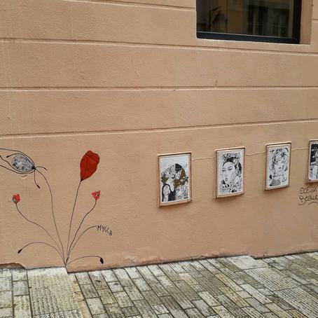 Costumière florale de rue, Mylla et le street-art,