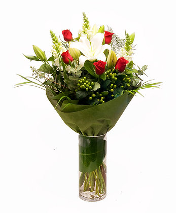 Snow White Rose Red - Mixed Bouquet