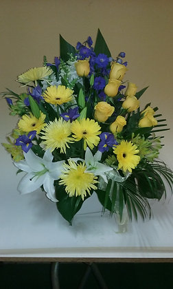 Warringah Florist Manly Vale - Yellow bouquet