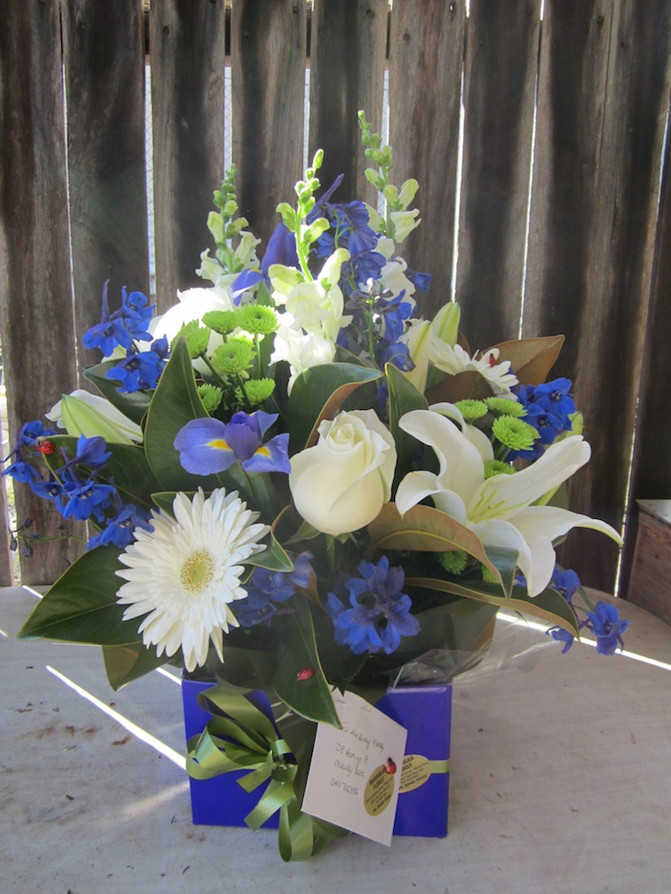 Warringah Florist Contrast bouquet