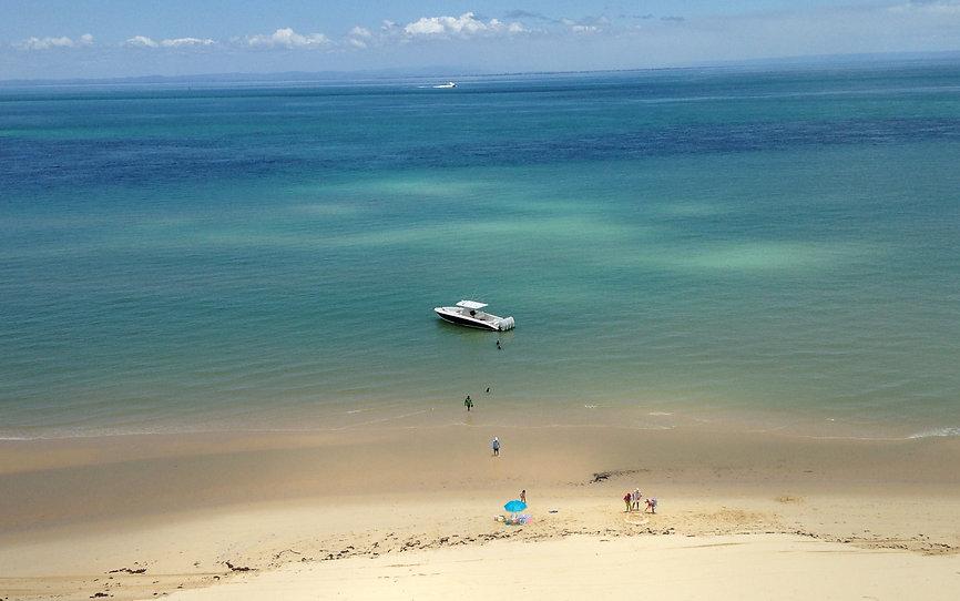 Moreton Island family boating