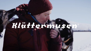 KLÄTTERMUSEN / THE DOG LIFE OF A CHAMPION