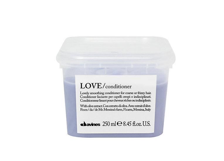 Love Smooth Conditioner Davines (Изглаждащ балсам)