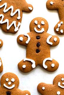gingerbread-man-cookie-vertical-a-1800_e