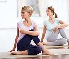 027-yogamettess-yogis-in-zittende-yoga-h