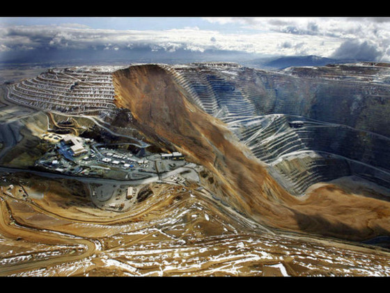 BLAST FROM THE PAST THURSDAY: BINGHAM CANYON SLOPE FAILURE