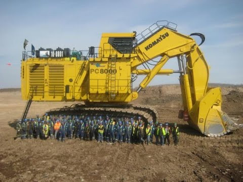 WORLD'S LARGEST EXCAVATORS - KOMATSU PC8000!!