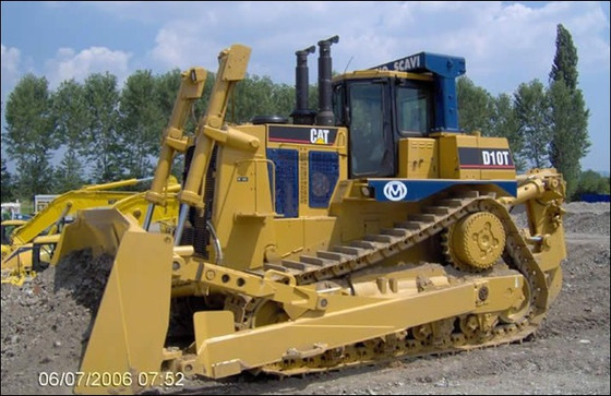 WORLD'S TOP 10 BULLDOZERS - CATERPILLAR D10T!!