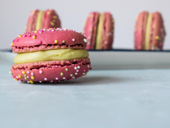 Pink Peppermint & White Chocolate Macarons (Swiss Method)