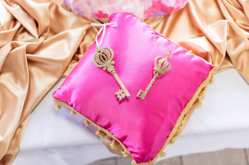 pink_babyshower_pillow_1.jpeg