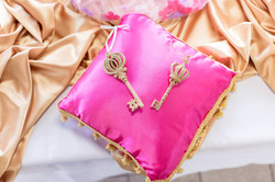 pink_babyshower_pillow_1.jpeg