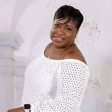 Sandra Profile Pic.jpg