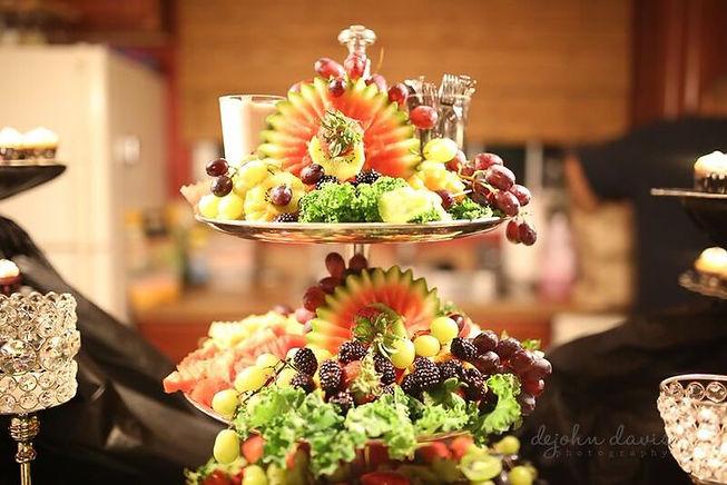 fruit platter vittles.jpg