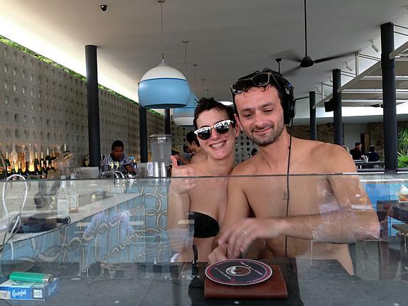 Rosario (Funk Mediterraneo) & Kane Ian @ Tanjong Beach Club - Making Jack - Dustpan Recordings 2