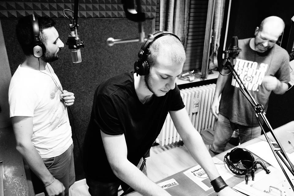 Francesco Carrieri @ TRS Radio Italy - Dustpan Recordings 2