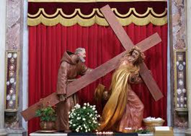 padre-pio-helping-jesus-carry-his-cross-pamphlets-to-inspire