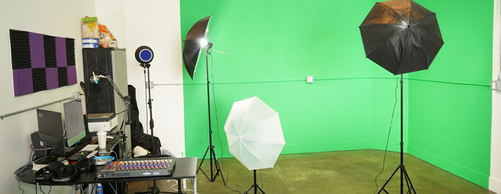 Chroma Key Wall & Audio Production
