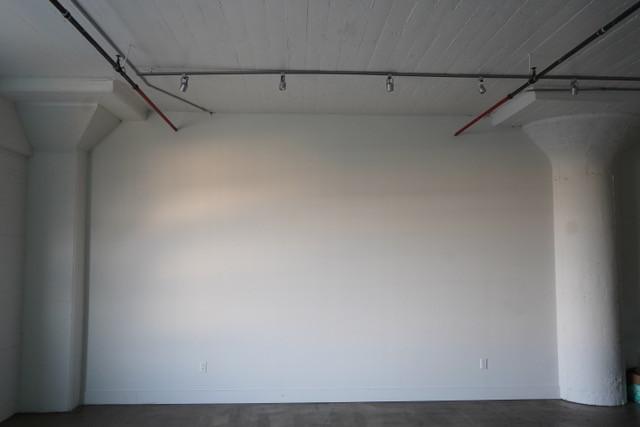 Empty Studio Wall Right FULL