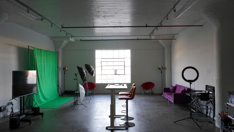 Full Studio 2