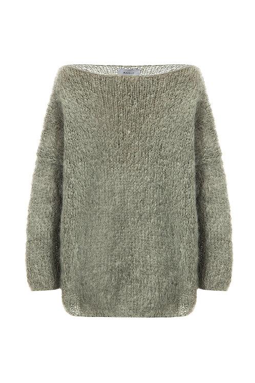 Удлиненный свитер   из мохера премиум  класса оливкового  цвета