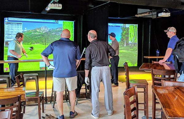 Club_Golf_Indoor_slide1.jpg