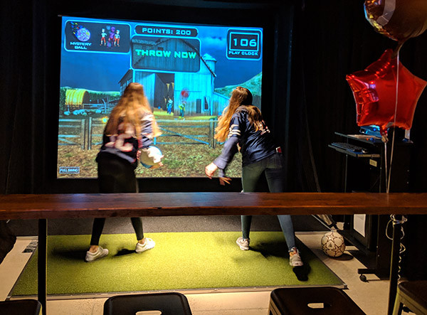 Club_Golf_Indoor_slide6.jpg
