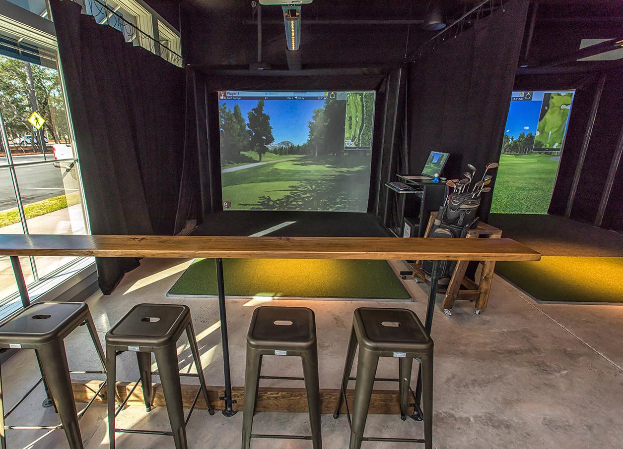 Club_Golf_Indoor_Simulators1.jpg