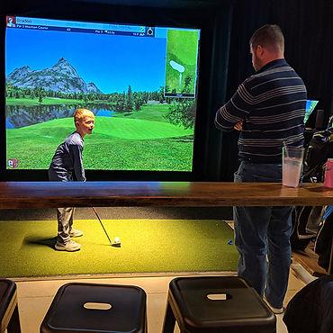 Club_Golf_Indoor_Simulator2.jpg