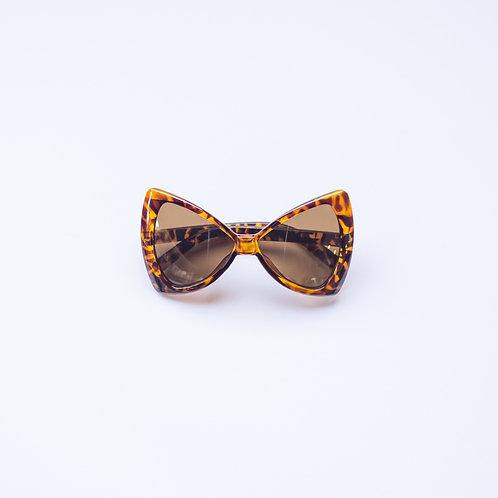 Tortoiseshell Bug Eye Sunnies