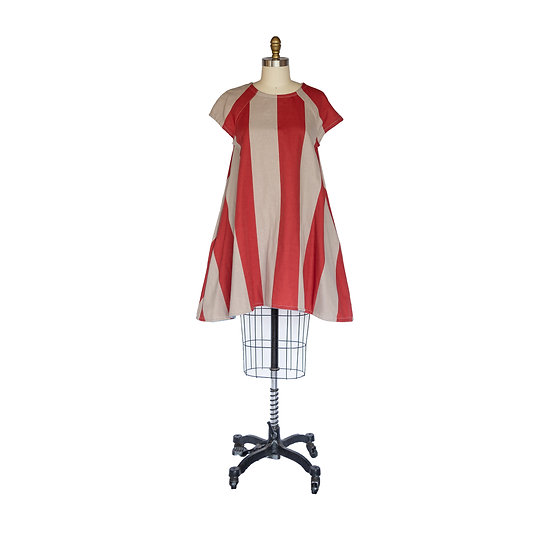 Tee Shirt Dress in Double Layered Cotton + Linen Circus Print