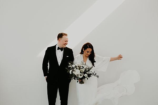 toronto wedding, toronto wedding photography, modern wedding, toronto hotel ocho wedding, wedding flowers, bride and groom, guelph wedding, guelph wedding photography