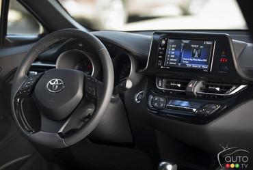 2018_Toyota_C-HR-36.jpg