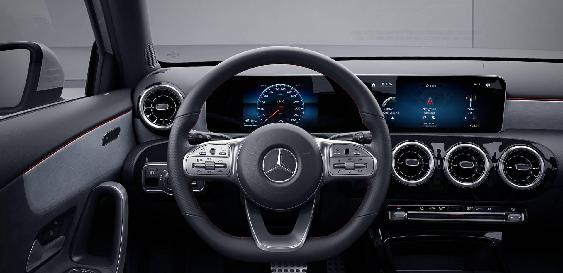 2018-mercedes-a-class-hatchback-amg-line