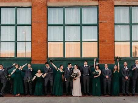 You'll Love This Fun Wedding Timeline at Your Wedding