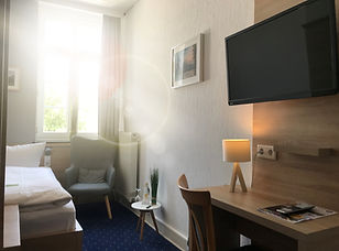 Hotel Riesenbeck Zimmer.jpg