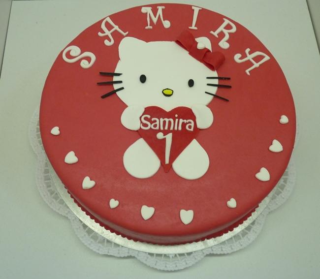 Hello-Kitty-Samira