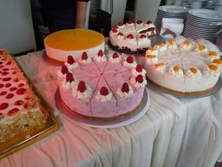 Torten und Kuchenbuffet im Saltenhof