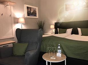 Hotel%20Riesenbeck%20Zimmer_edited.jpg