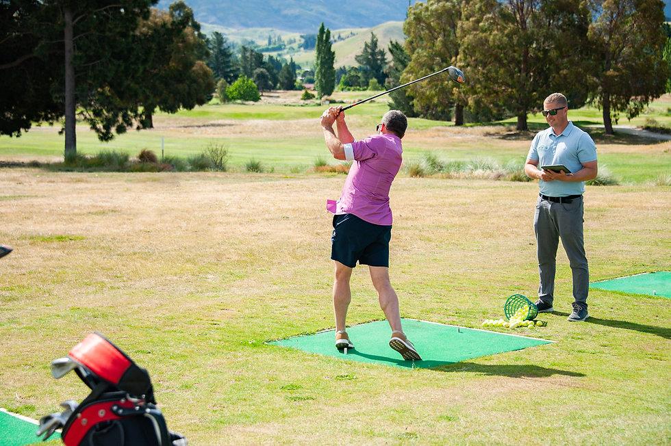 Driving Range Lesson - Moore Golf Cromwe