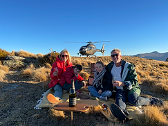 Heliview Flights Autumn Family Photo with Quartz Reef.png