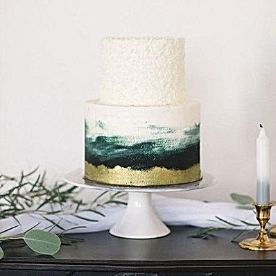 Emerald Green Weddings!  Do you like thi